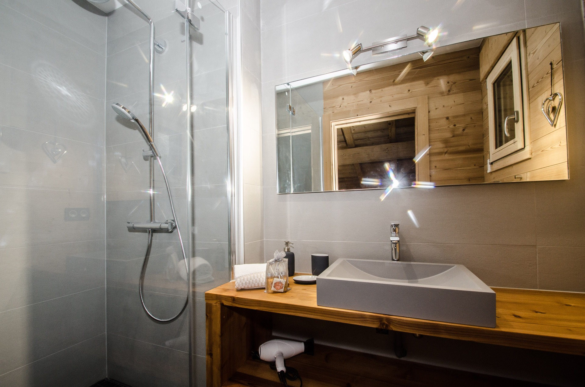 Chamonix Luxury Rental Chalet Cristy Shower Room 3