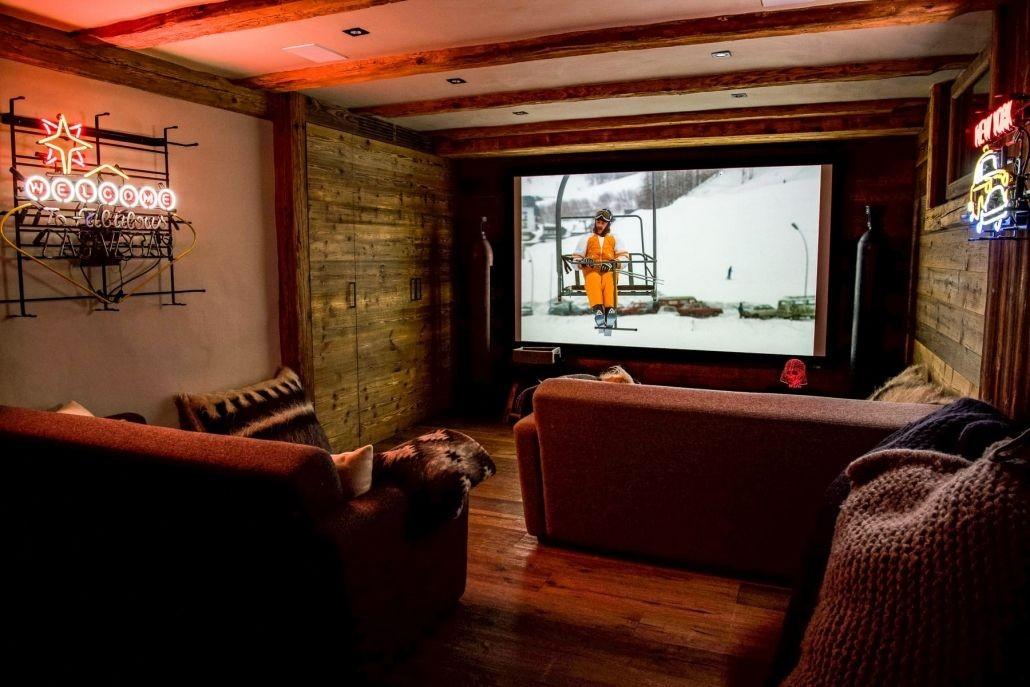 Chamonix Location Chalet Luxe Palambro Salle De Cinéma