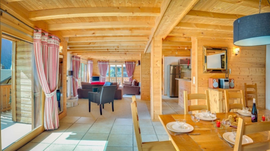 Chatel Luxury Rental Chalet Chadwickite Dining Area