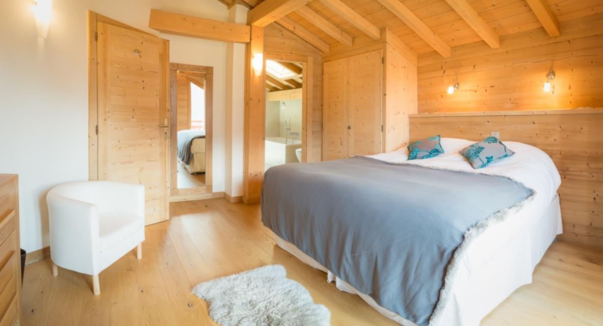 Chatel Luxury Rental Chalet Chalcocyanite Bedroom 2