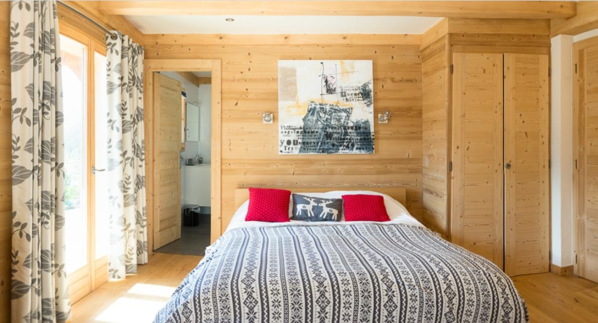 Chatel Luxury Rental Chalet Chalcocyanite Bedroom 4