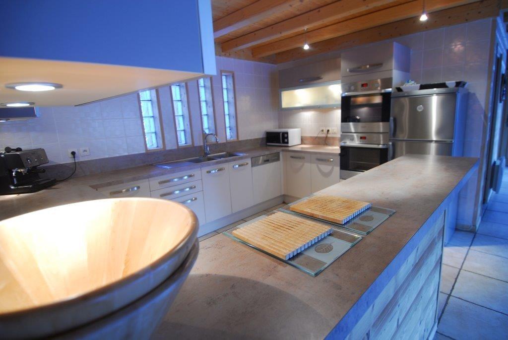 Chatel Location Chalet Luxe Chalcophanite Cuisine 2