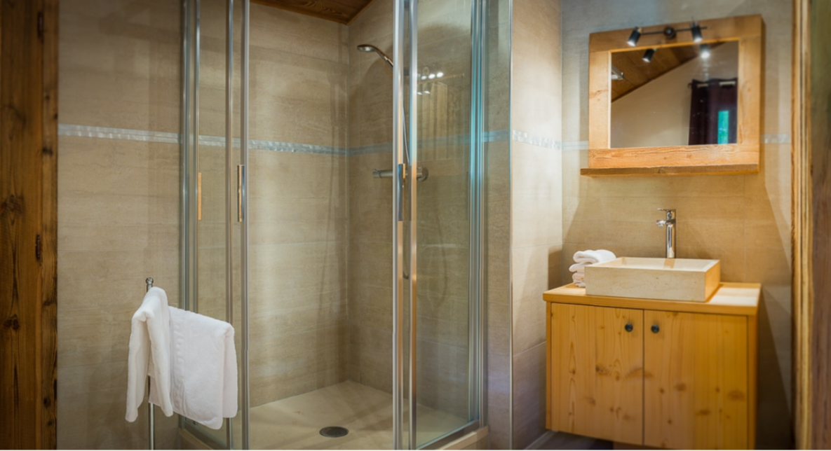 Chatel Luxury Rental Chalet Chambera Bathroom