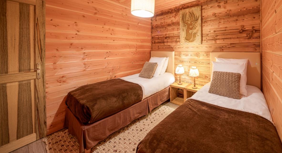 Chatel Luxury Rental Chalet Chapa Bedroom 2