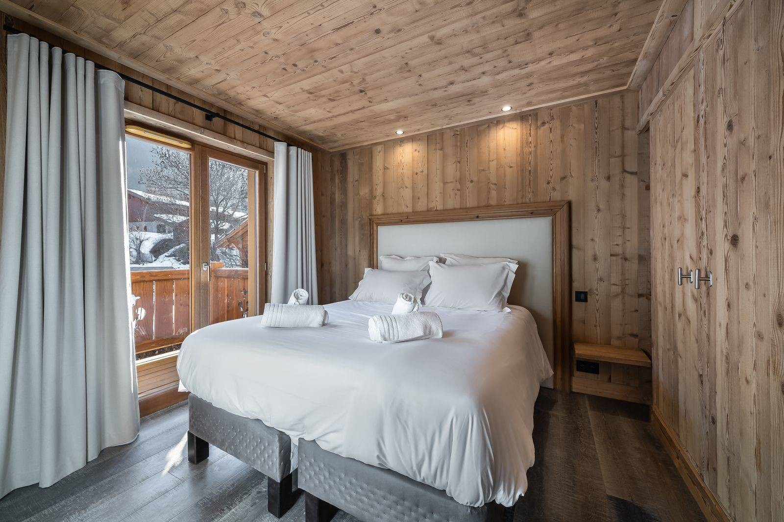 Courchevel 1300 Luxury Rental Appartment Tilanche Bedroom