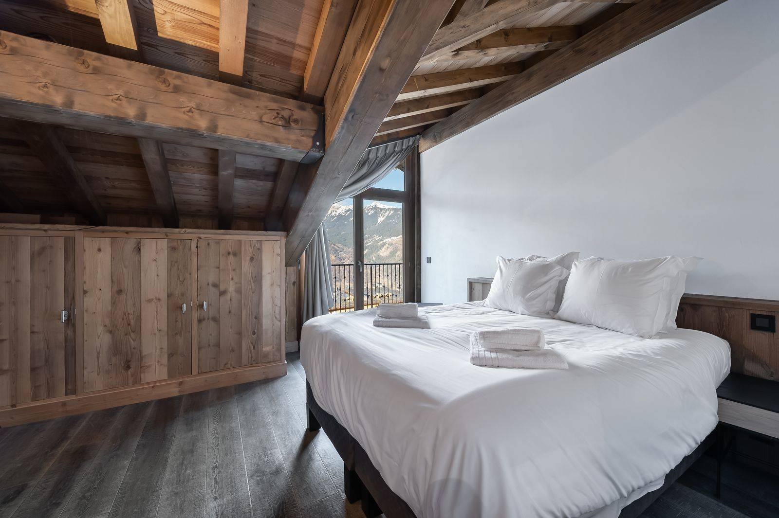 Courchevel 1300 Luxury Rental Appartment Tilanche Bedroom 4