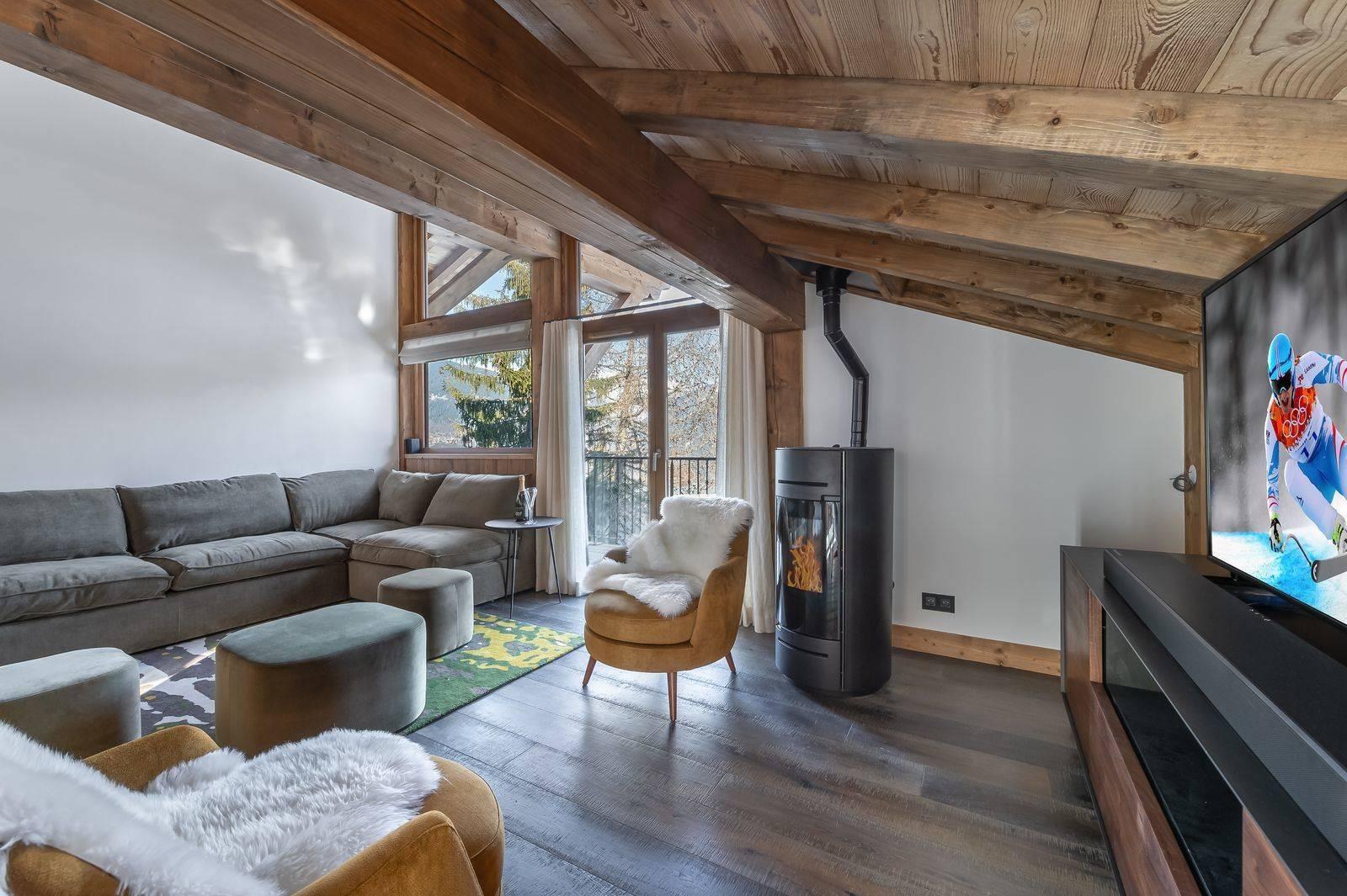 Courchevel 1300 Luxury Rental Appartment Tilanche Living Area