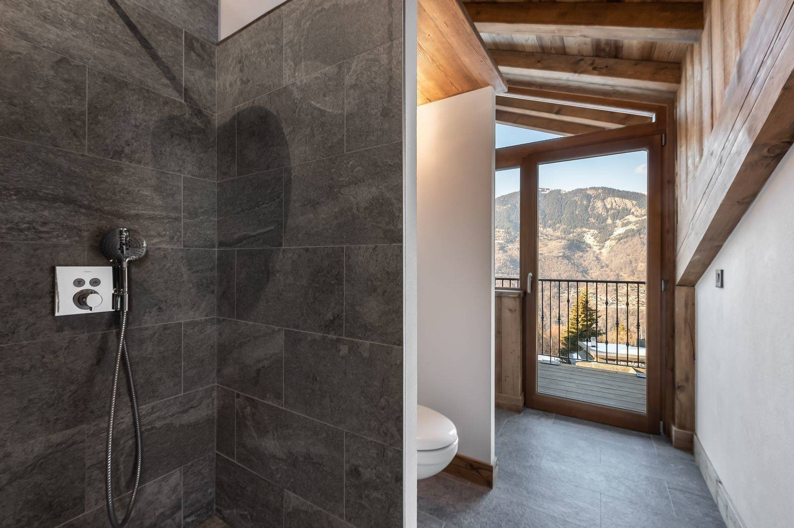Courchevel 1300 Luxury Rental Appartment Tilanche Bathroom 2