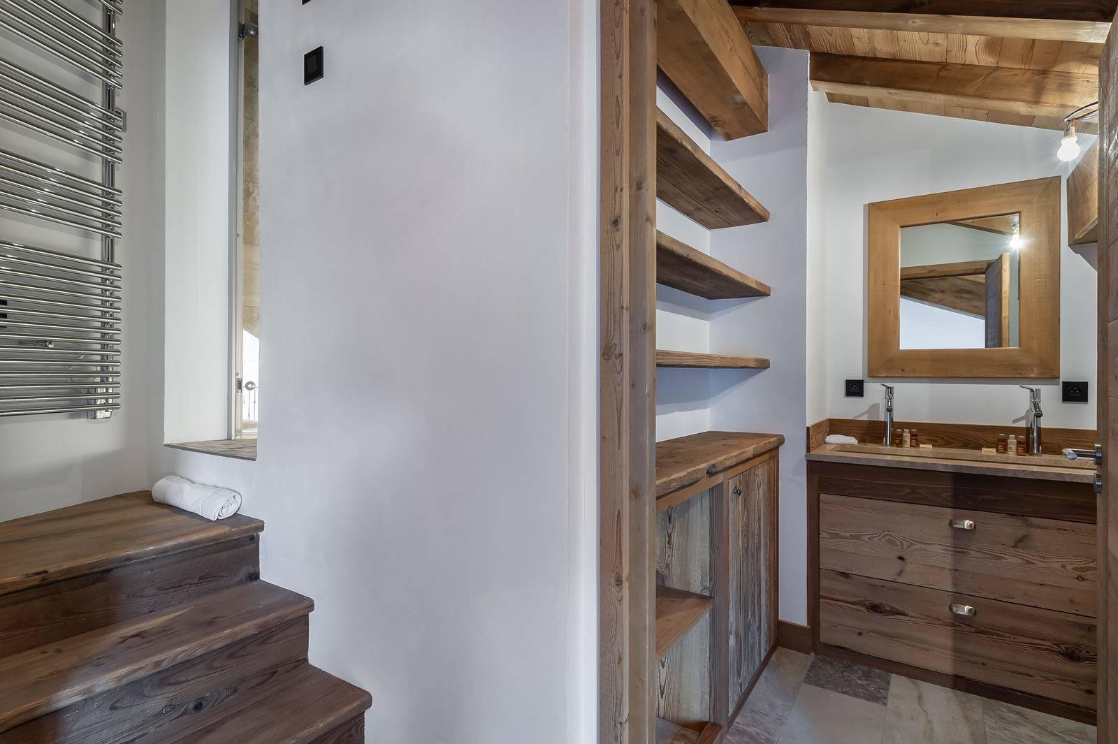 Courchevel 1300 Luxury Rental Appartment Tilanche Bathroom 3