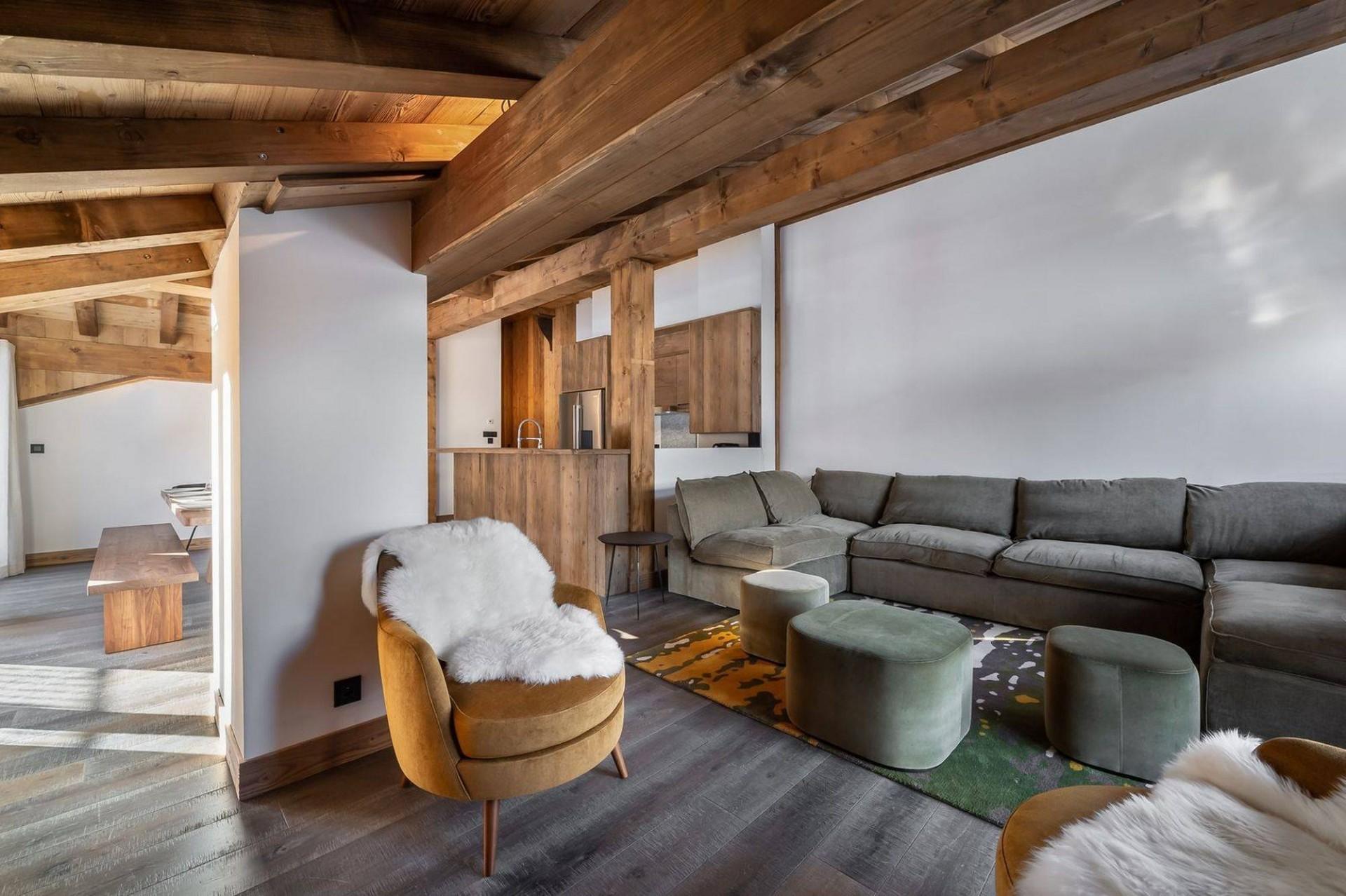 Courchevel 1300 Luxury Rental Appartment Tilanche Living Area 2