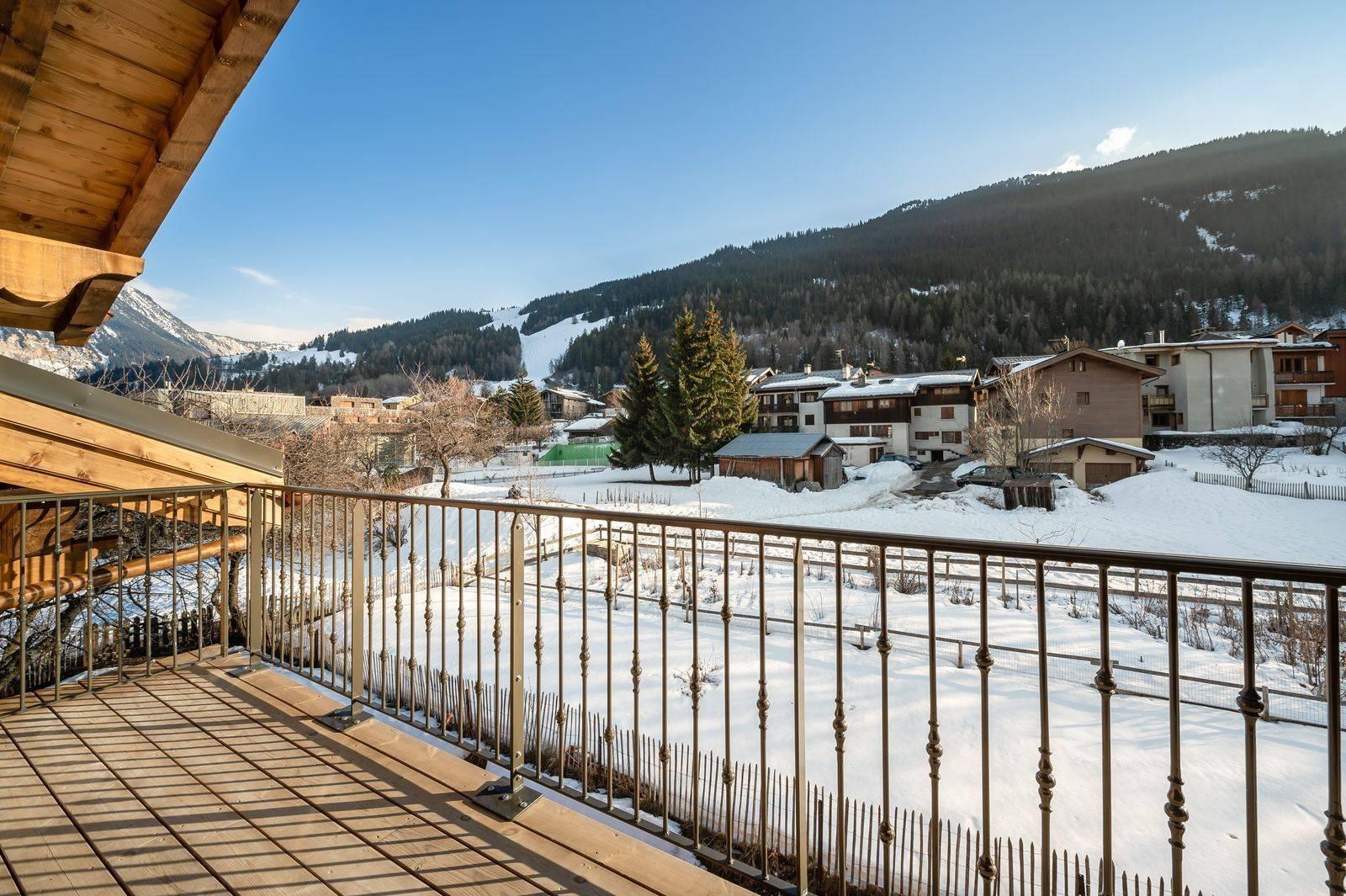 Courchevel 1300 Luxury Rental Appartment Tilanche Terrace