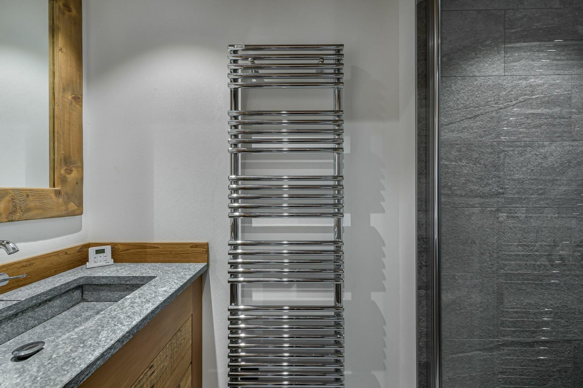 Courchevel 1300 Location Appartement Luxe Tilante Salle De Bain 2