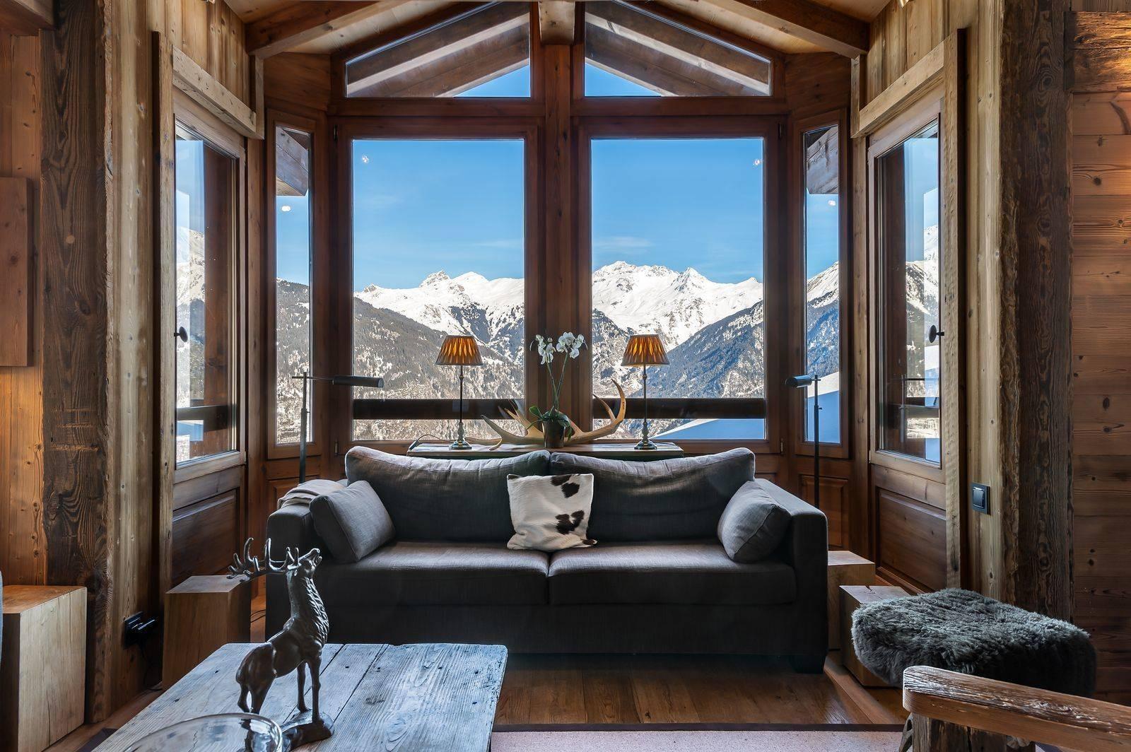 Courchevel 1550 Luxury Rental Chalet Niuréole Living Room 2