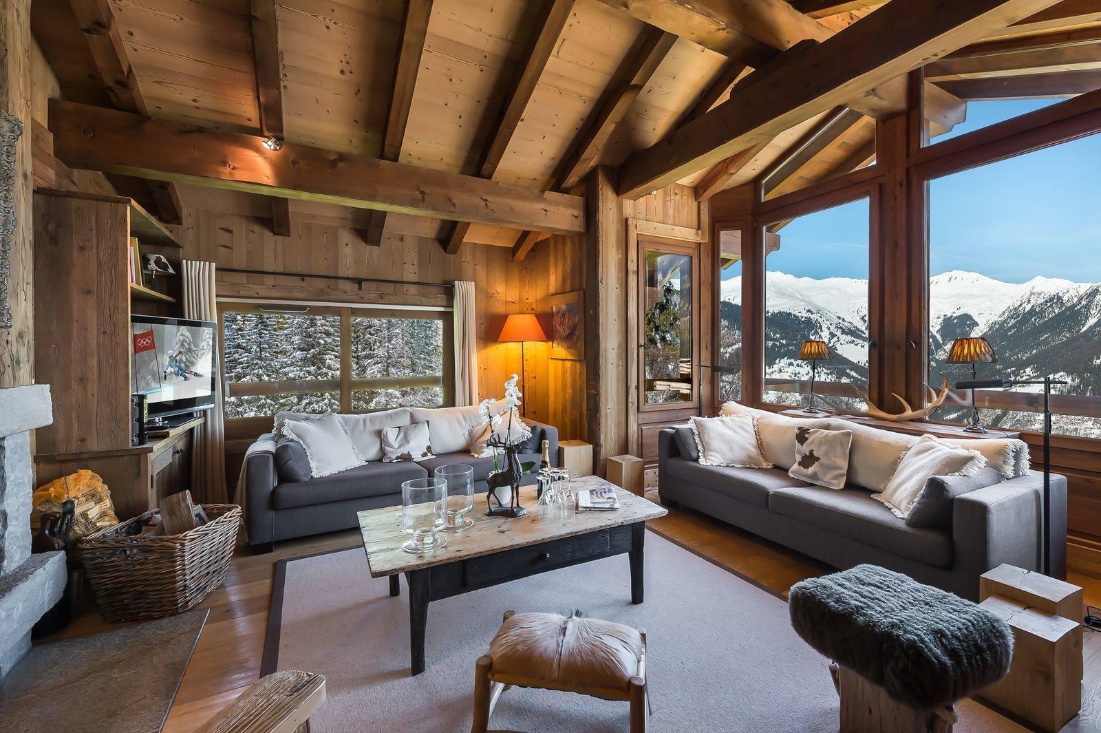 Courchevel 1550 Luxury Rental Chalet Niuréole Living Room 3
