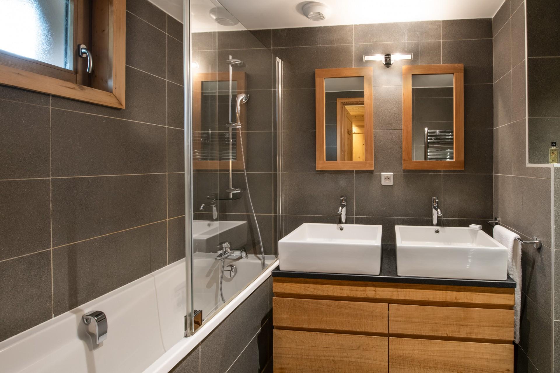 Courchevel 1650 Location Appartement Luxe Allanite Salle De Bain