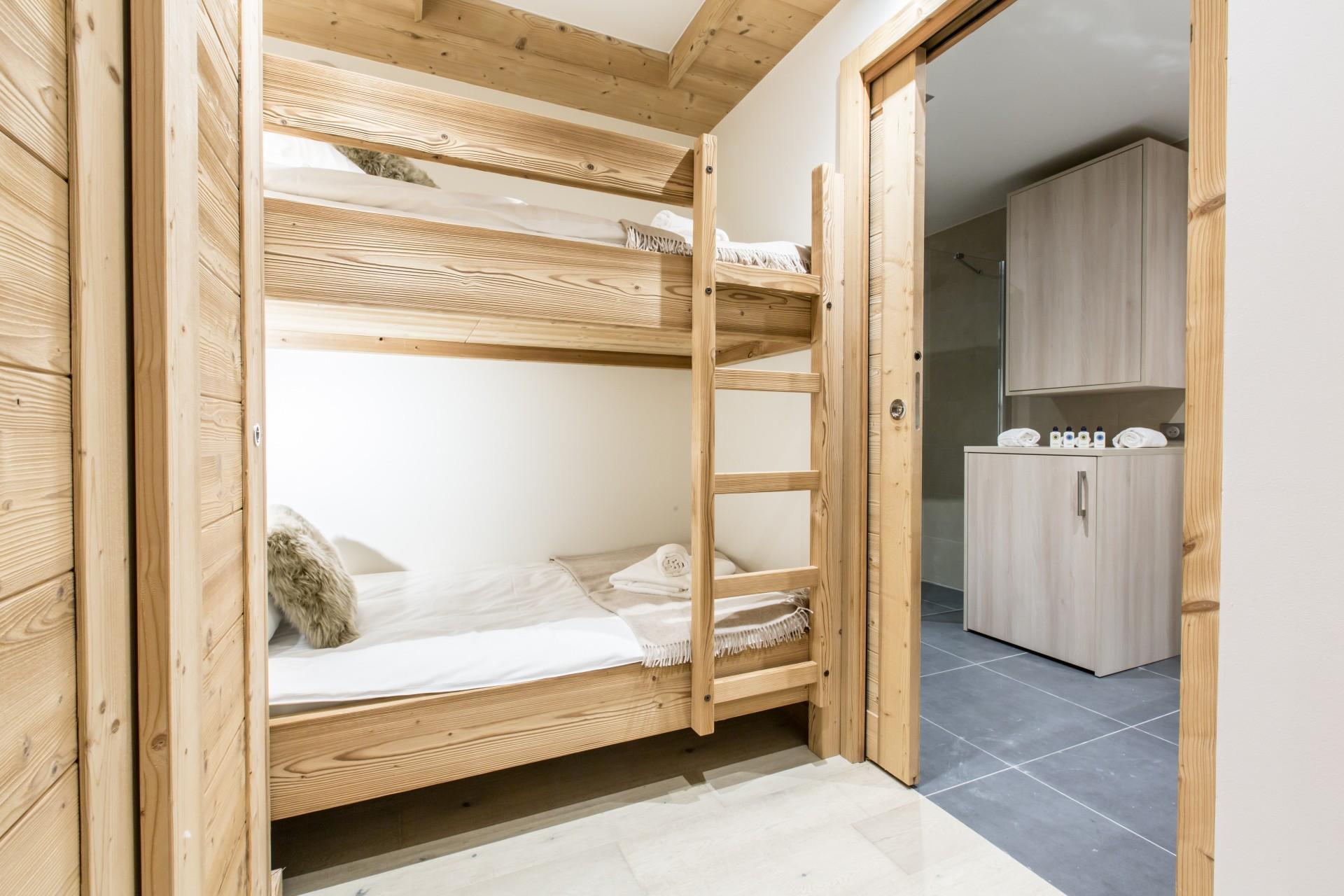 Courchevel 1650 Location Appartement Luxe Amicite Chambre 3