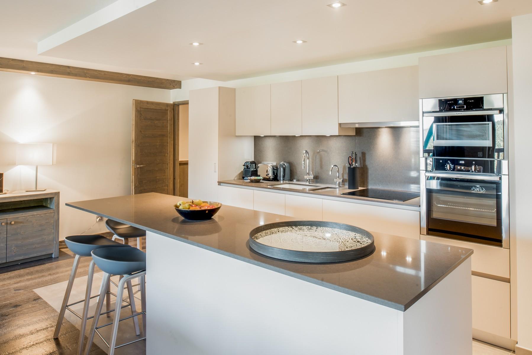 Courchevel 1650 Location Appartement Luxe Amurile Cuisine 2