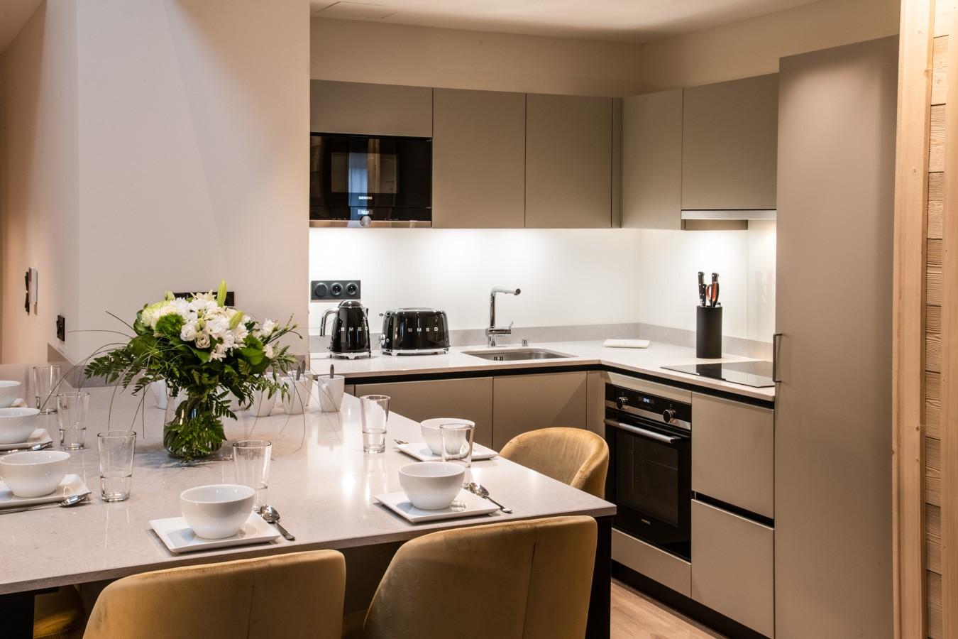 Courchevel 1650 Luxury Rental Appartment Aurelite Kitchen