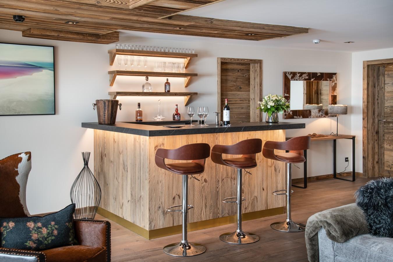 Courchevel 1650 Luxury Rental Appartment Aurylite Bar