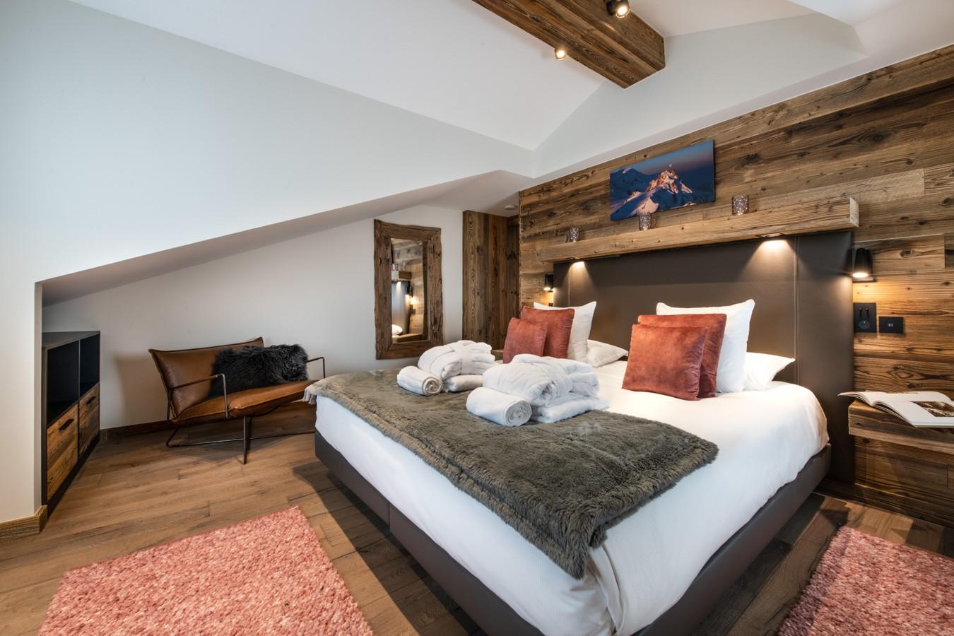Courchevel 1650 Luxury Rental Appartment Aurylite Bedroom 2