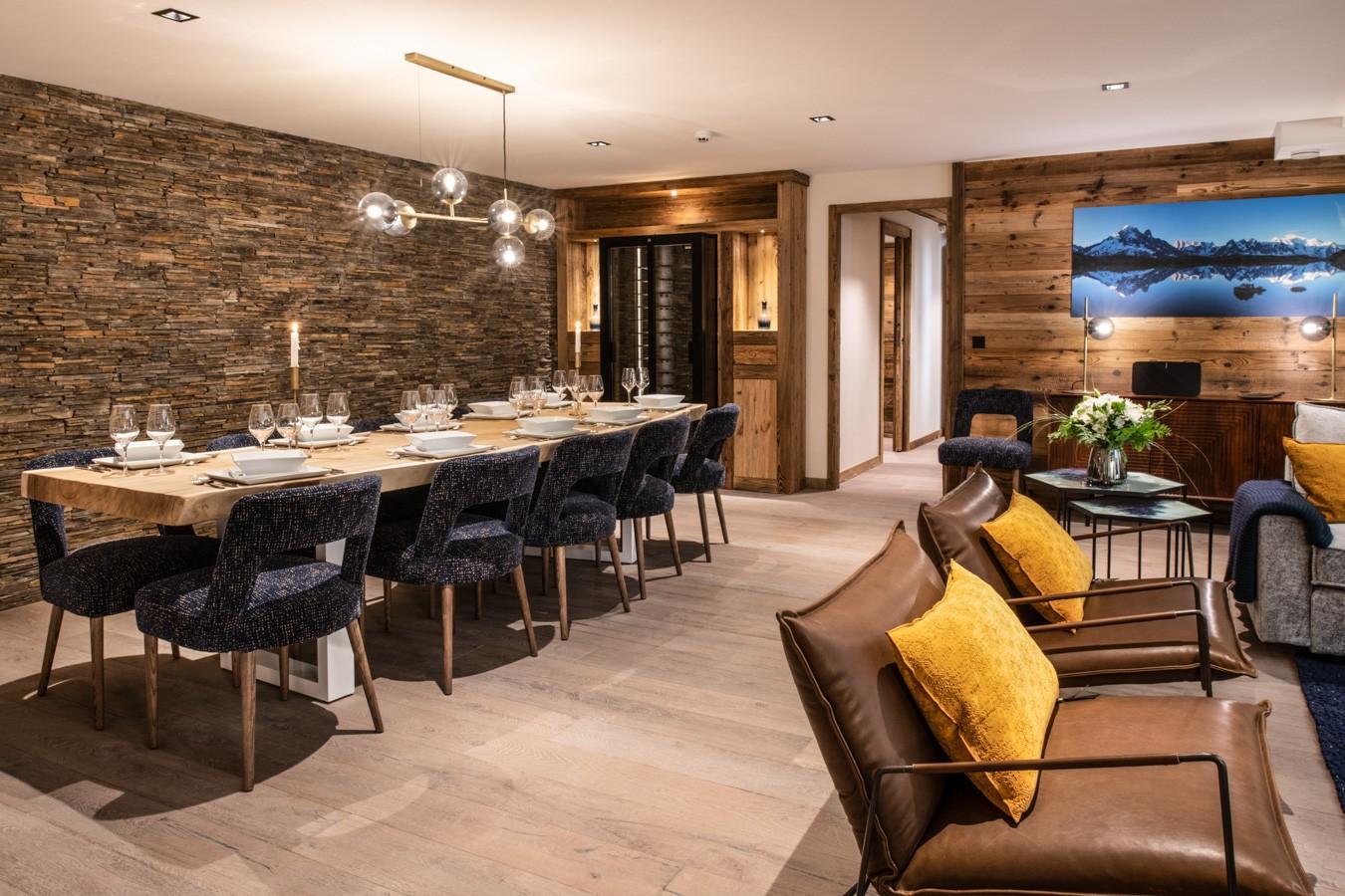 Courchevel 1650 Luxury Rental Appartment Aurylite Dining Room