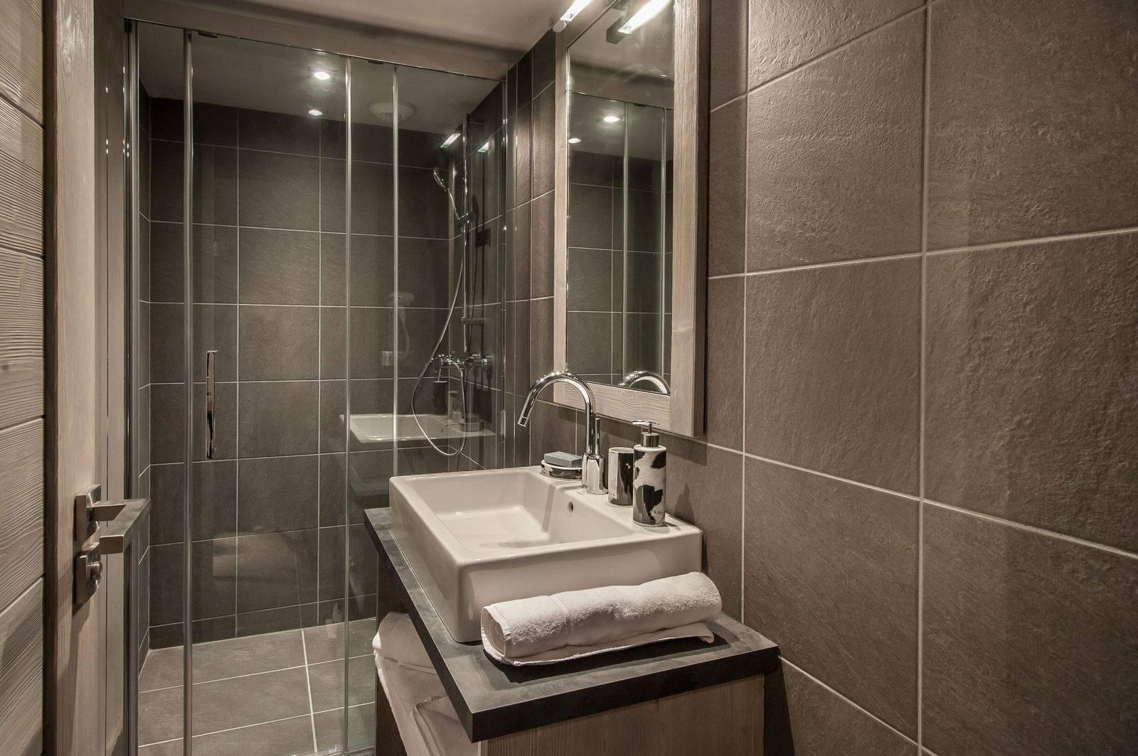 Courchevel 1650 Luxury Rental Appartment Dracali Bathroom 2