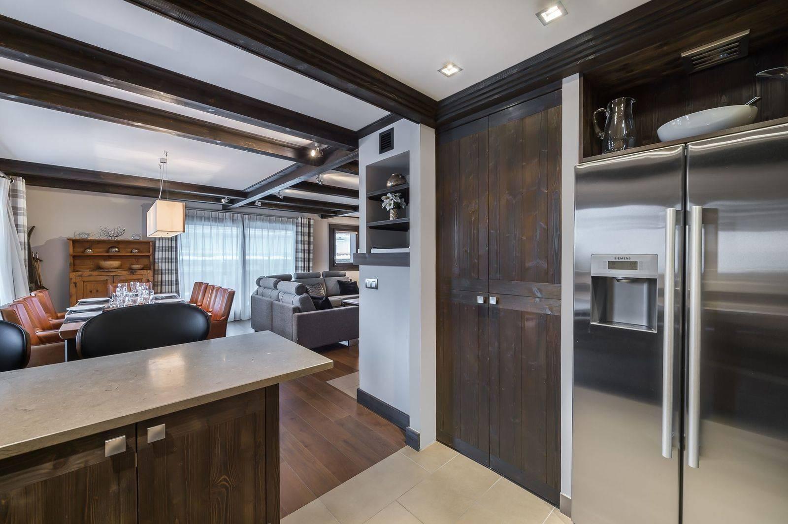 Courchevel 1650 Luxury Rental Appartment Neroflier Kitchen 2