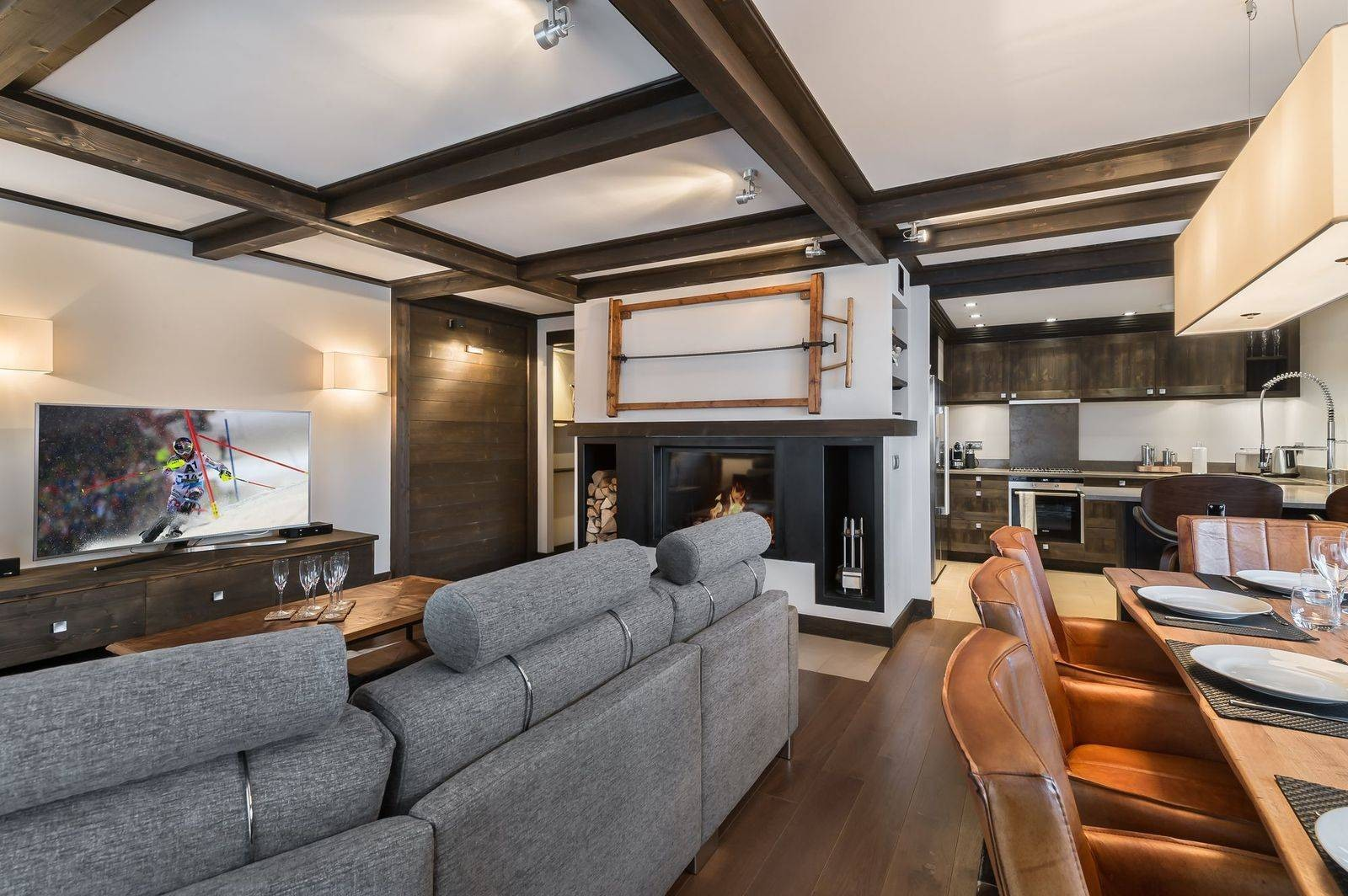 Courchevel 1650 Luxury Rental Appartment Neroflier Living Room 2