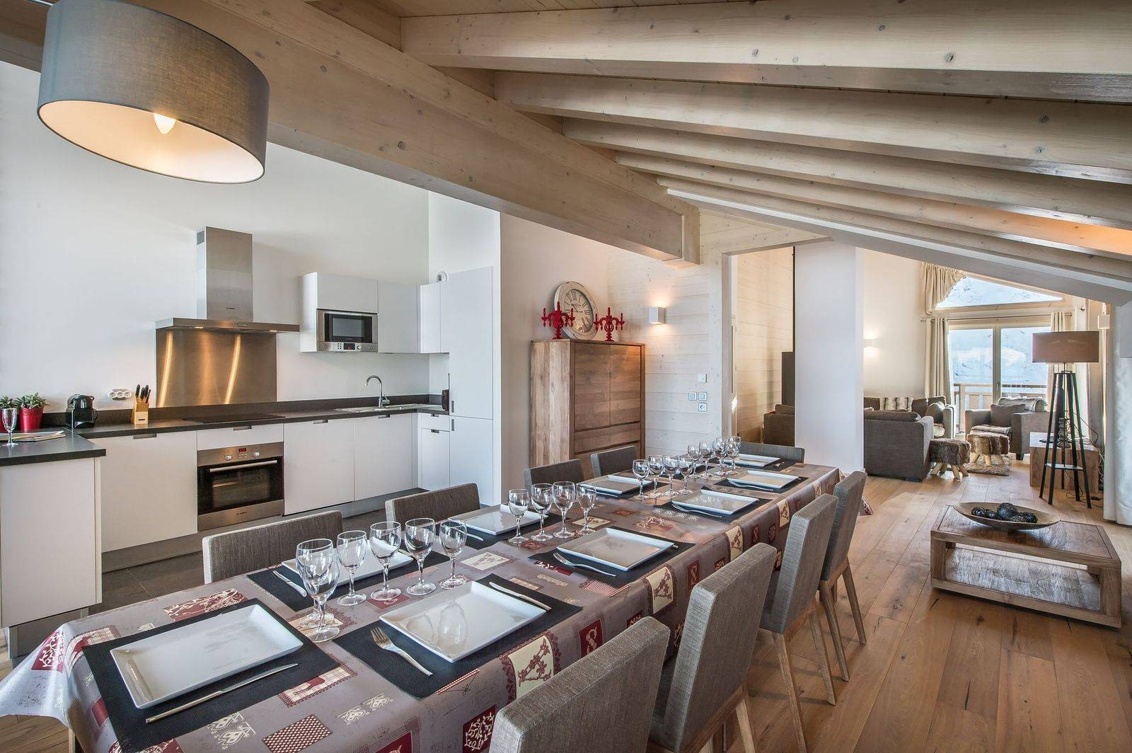 Courchevel 1650 Location Appartement Luxe Tengerite Salle A Manger 3