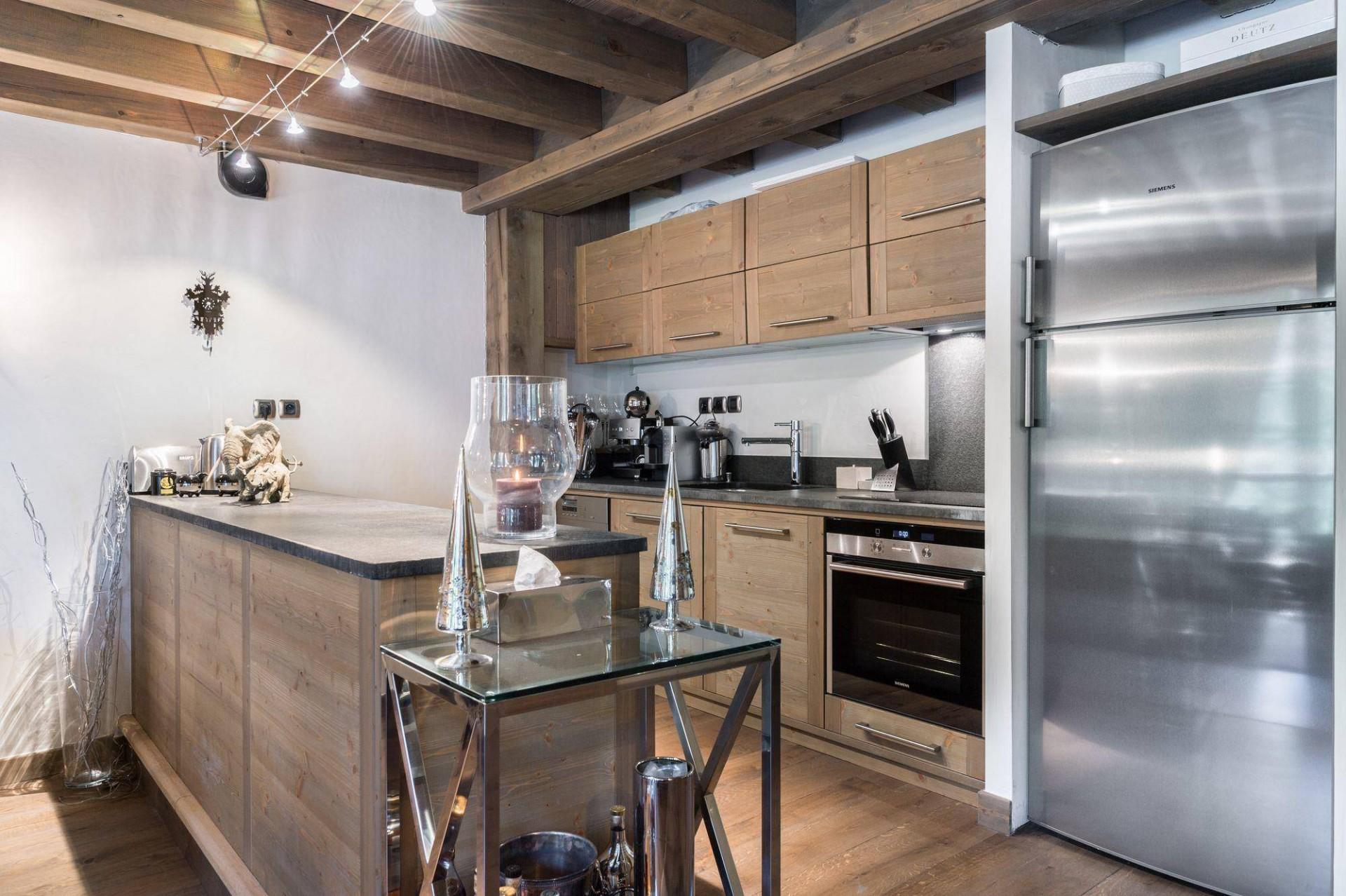 Courchevel 1850 Luxury Rental Appartment Viziro Kitchen