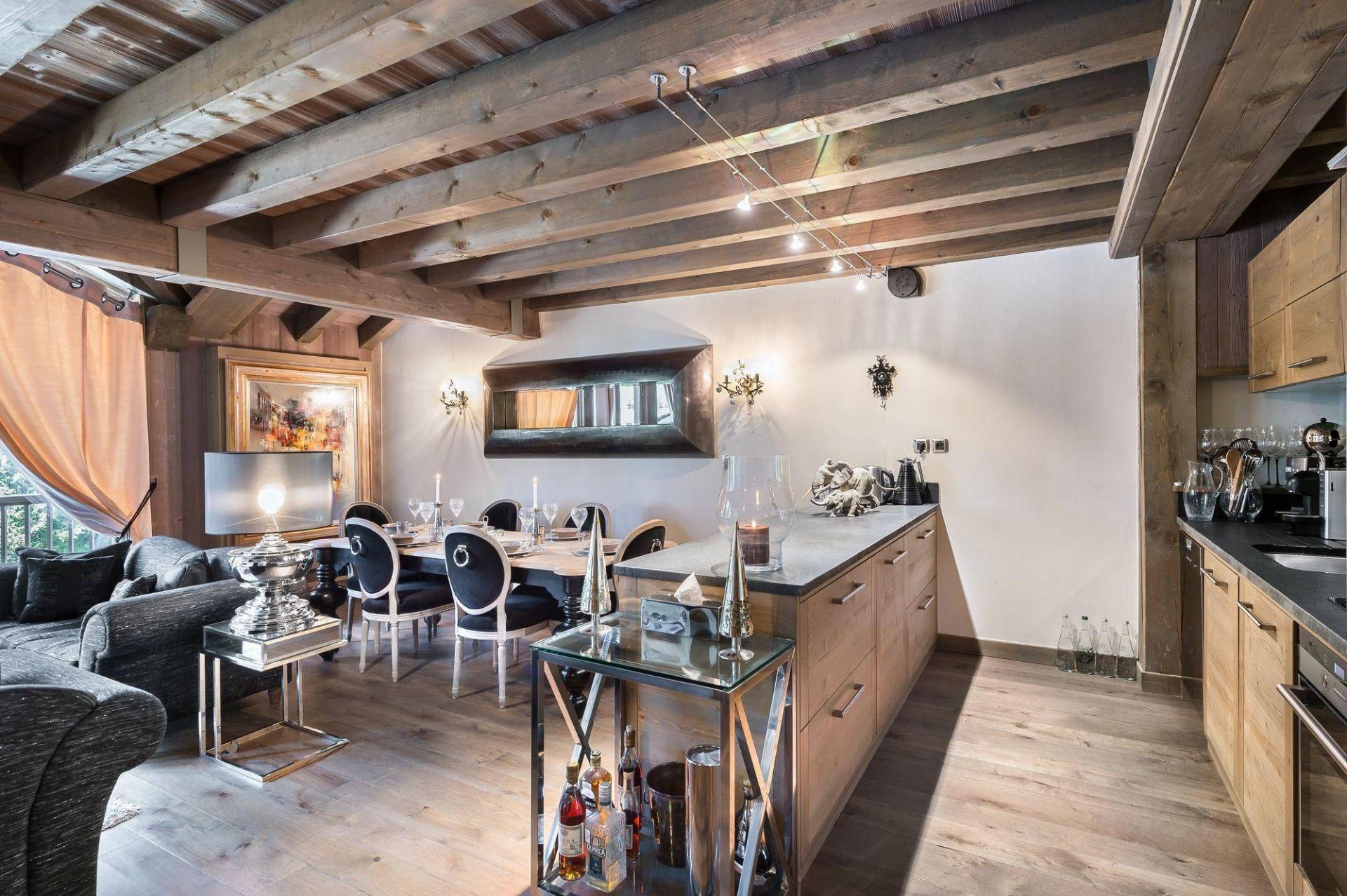 Courchevel 1850 Luxury Rental Appartment Viziro Dining Room
