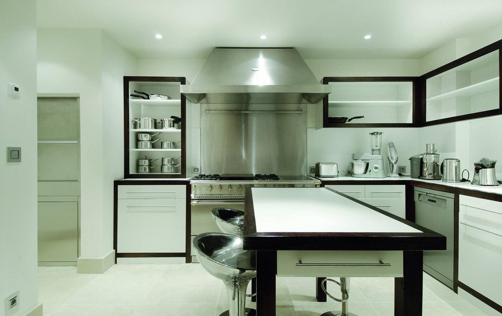 Courchevel 1850 Luxury Rental Chalet Bepalite Kitchen 2