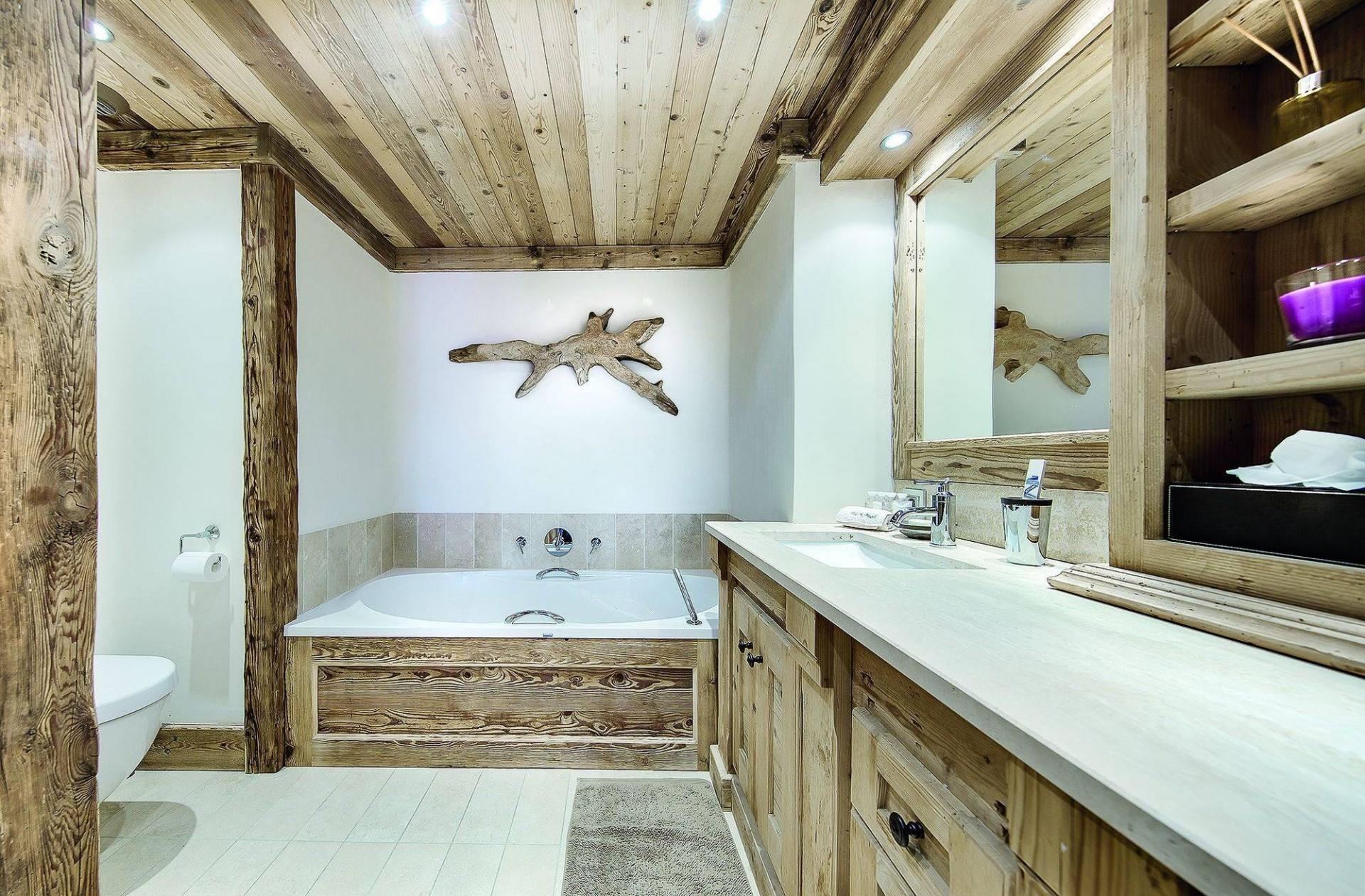 Courchevel 1850 Luxury Rental Chalet Bepalite Bathroom