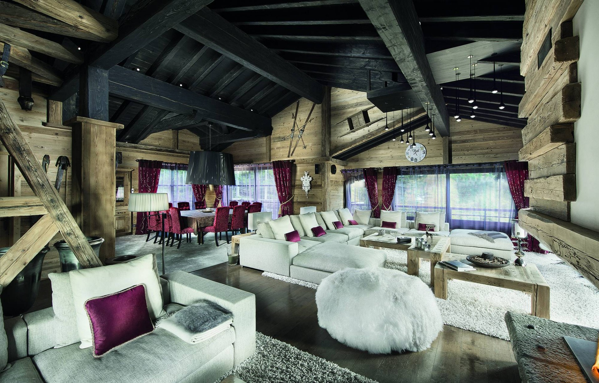 Courchevel 1850 Luxury Rental Chalet Bepalite Living Room 6