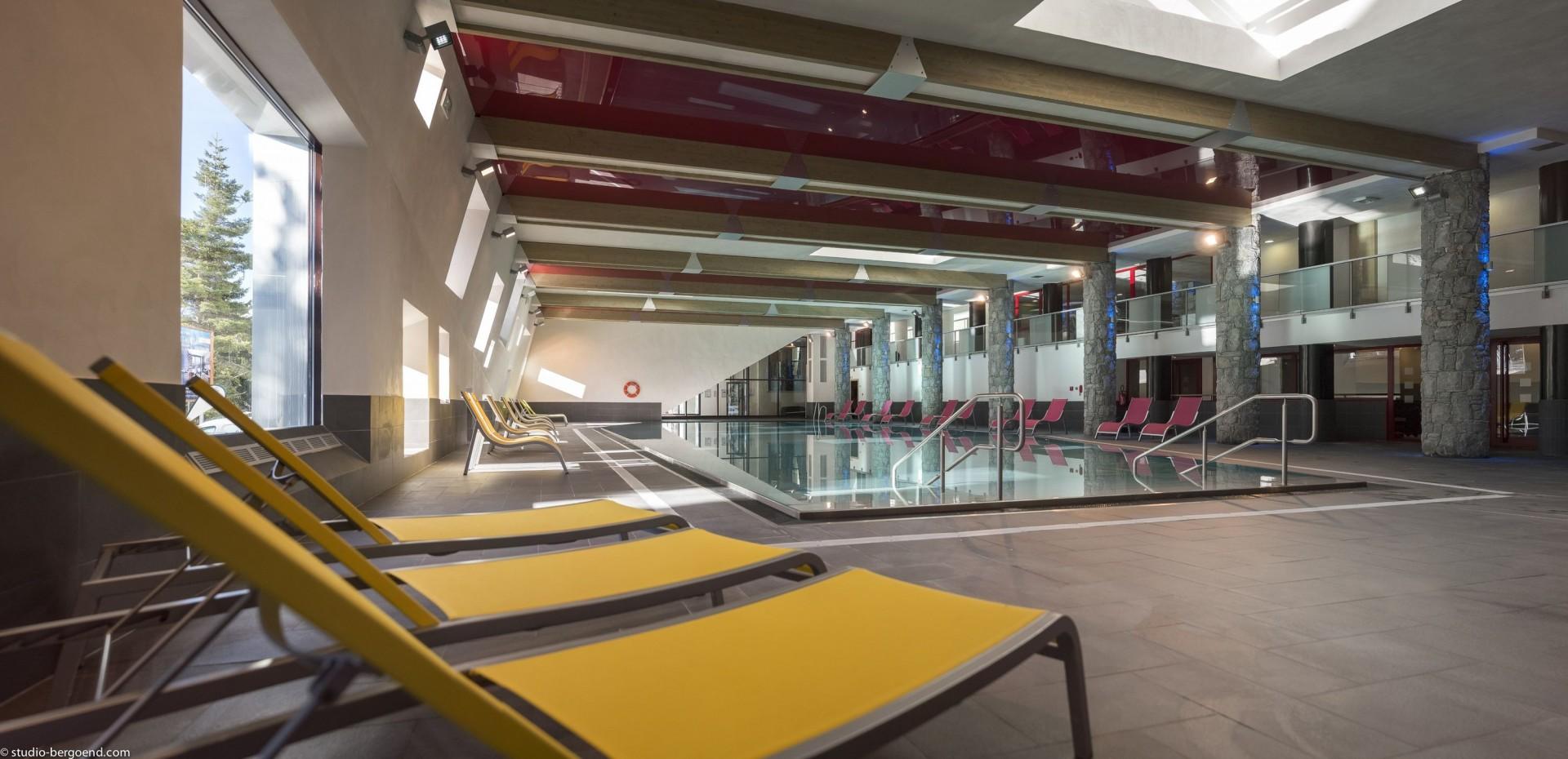Flaine Rental Apartment Luxury Fangisse Swimming Pool 1