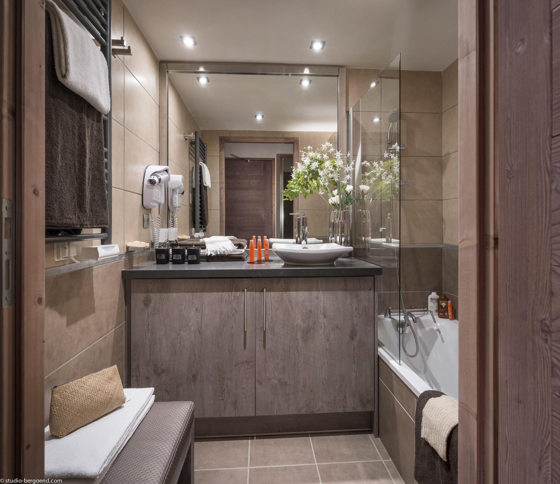 Flaine Rental Apartment Luxury Fangisse Bathroom
