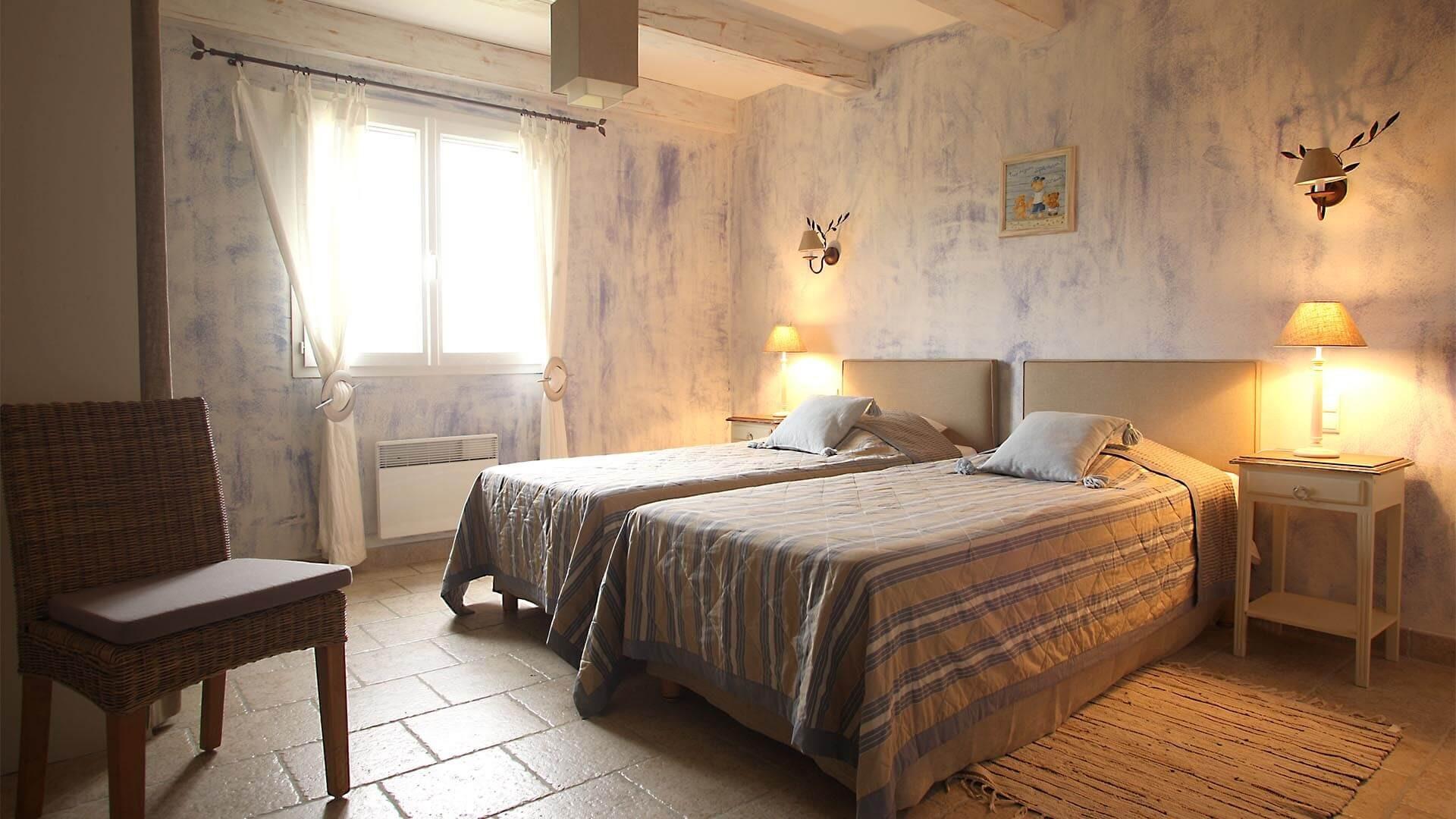Forcalquier Location Villa Luxe Lunute Chambre 1