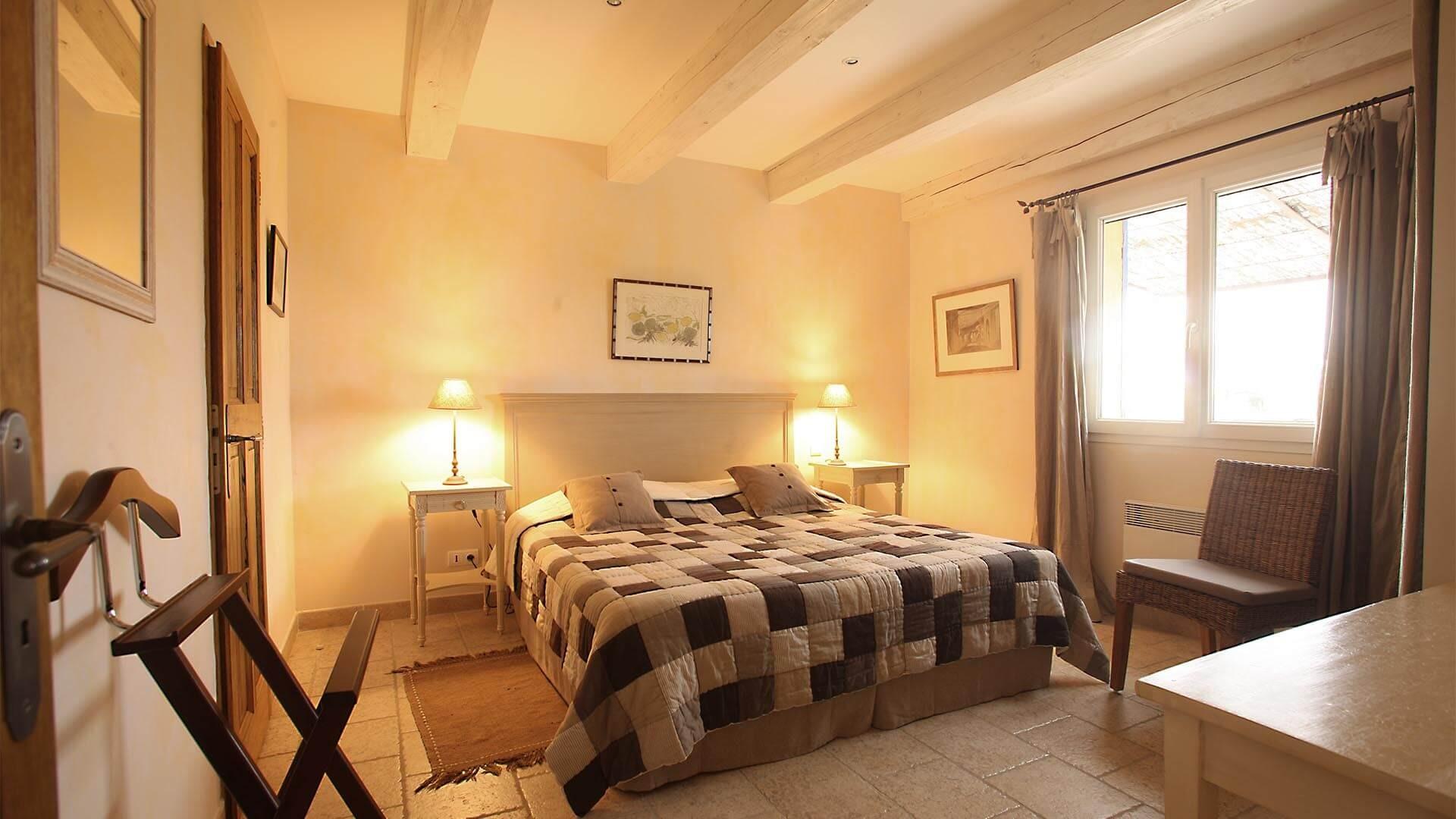 Forcalquier Location Villa Luxe Lunute Chambre
