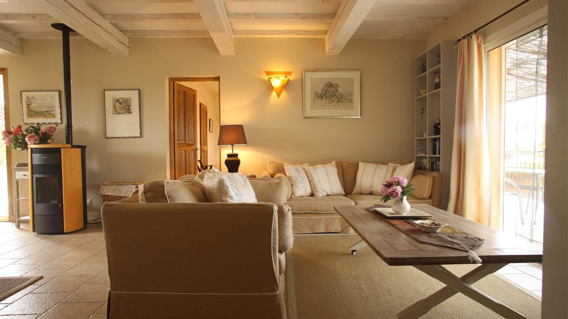 Forcalquier Location Villa Luxe Lunute Salon