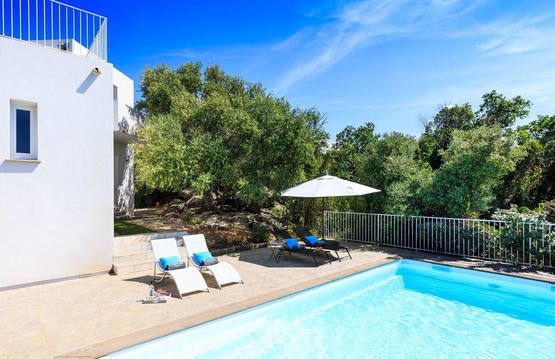 Ile Rousse Location Villa Luxe Artizite Terrasse Piscine