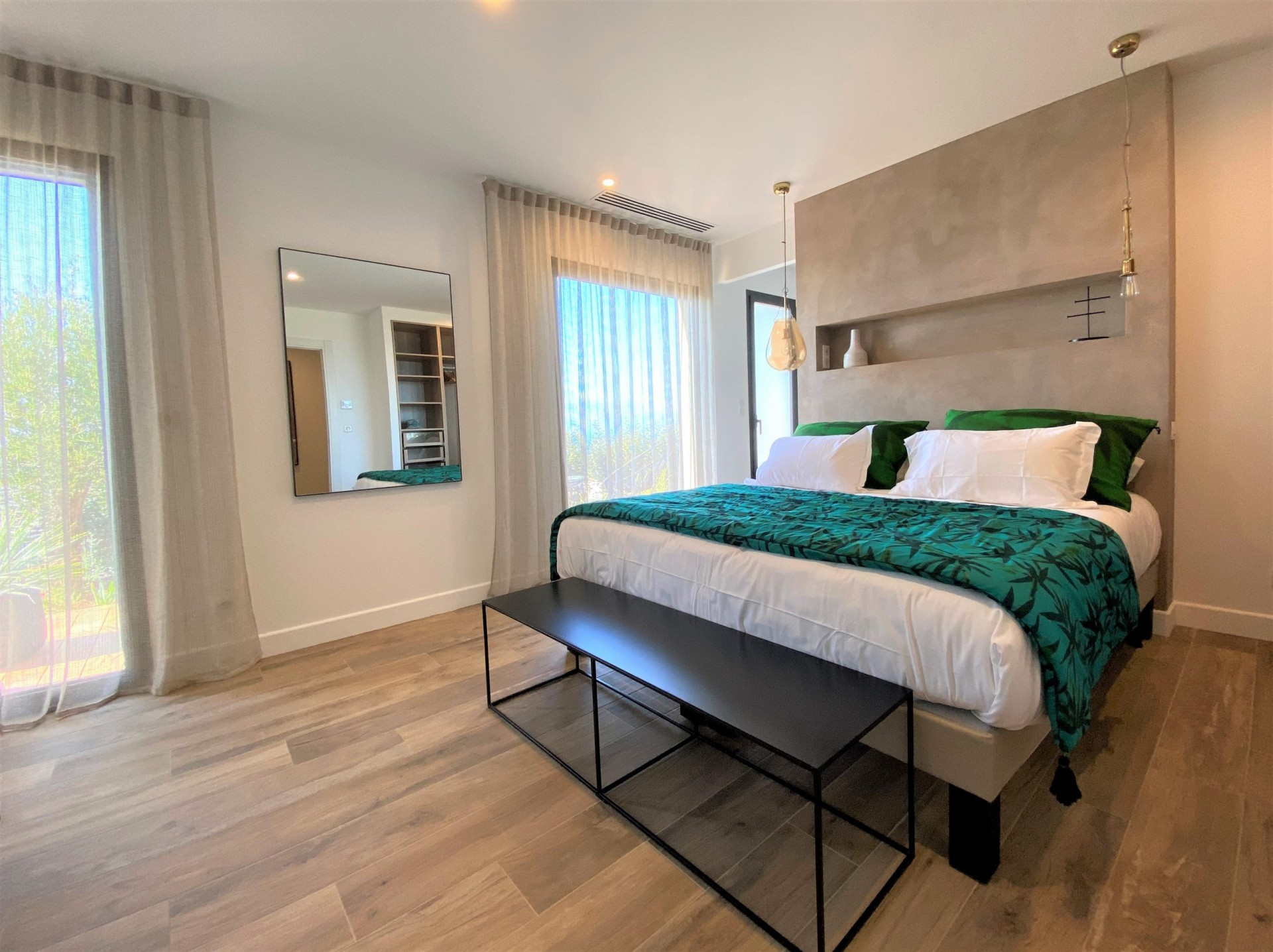 Ile Rousse Luxury Rental Villa Iris Violet Bedroom 4