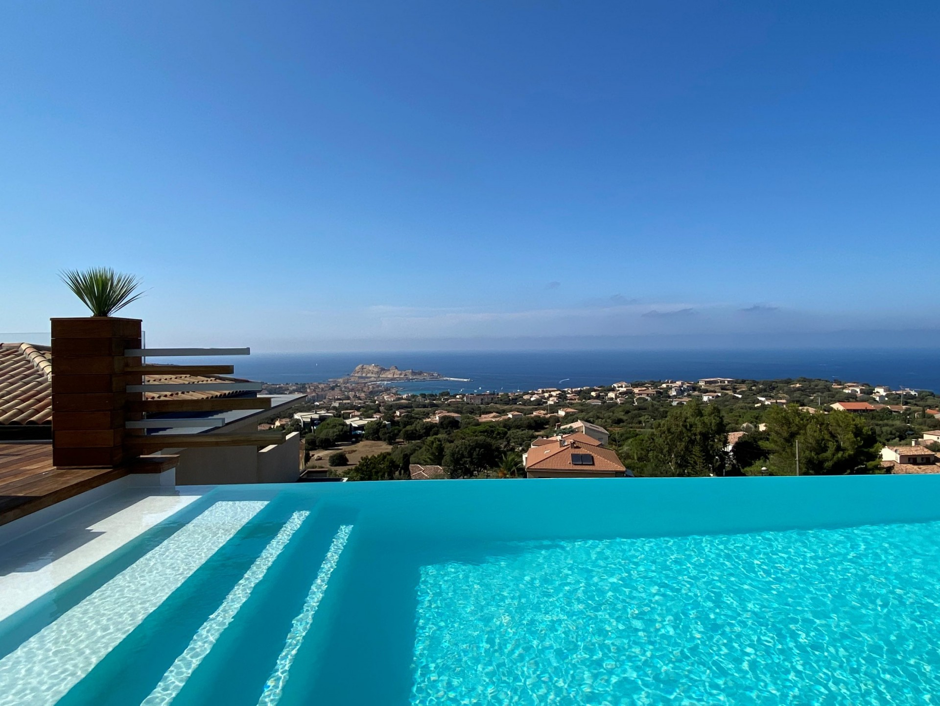 Ile Rousse Luxury Rental Villa Iris Violet Pool