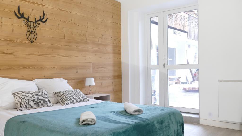 Les Deux Alpes Rental Apartment Luxury Wulfenite Bedroom 1
