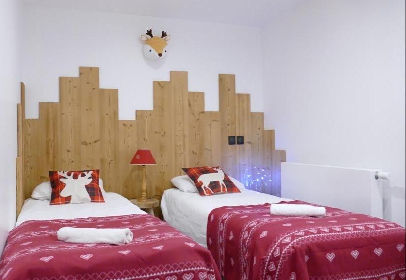 Les Deux Alpes Rental Apartment Luxury Wulfenite Bedroom 2