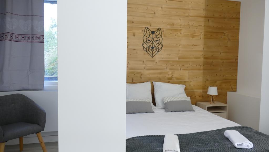Les Deux Alpes Rental Apartment Luxury Wulfenite Bedroom