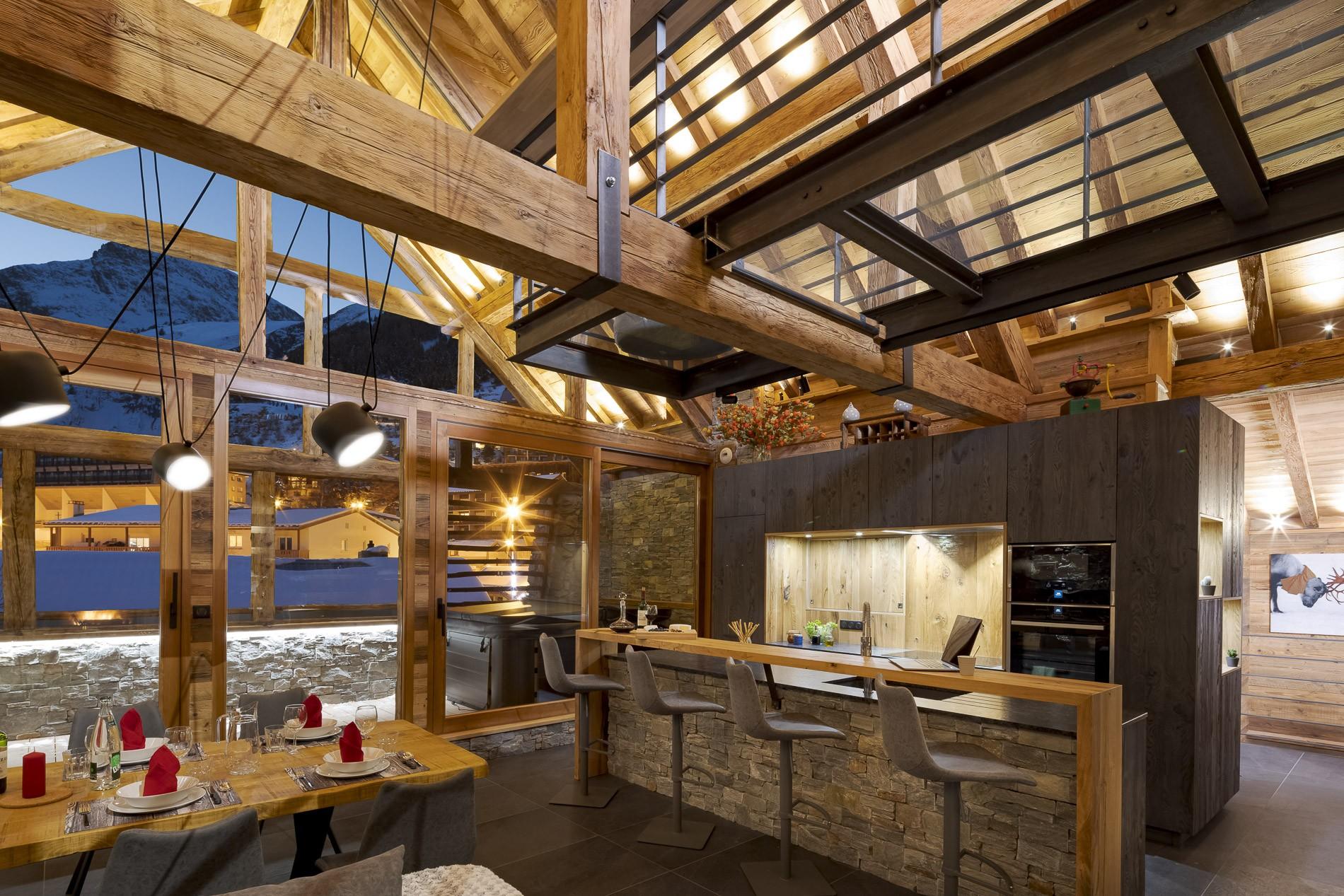 Les Deux Alpes Location Chalet Luxe Cervantute Bar