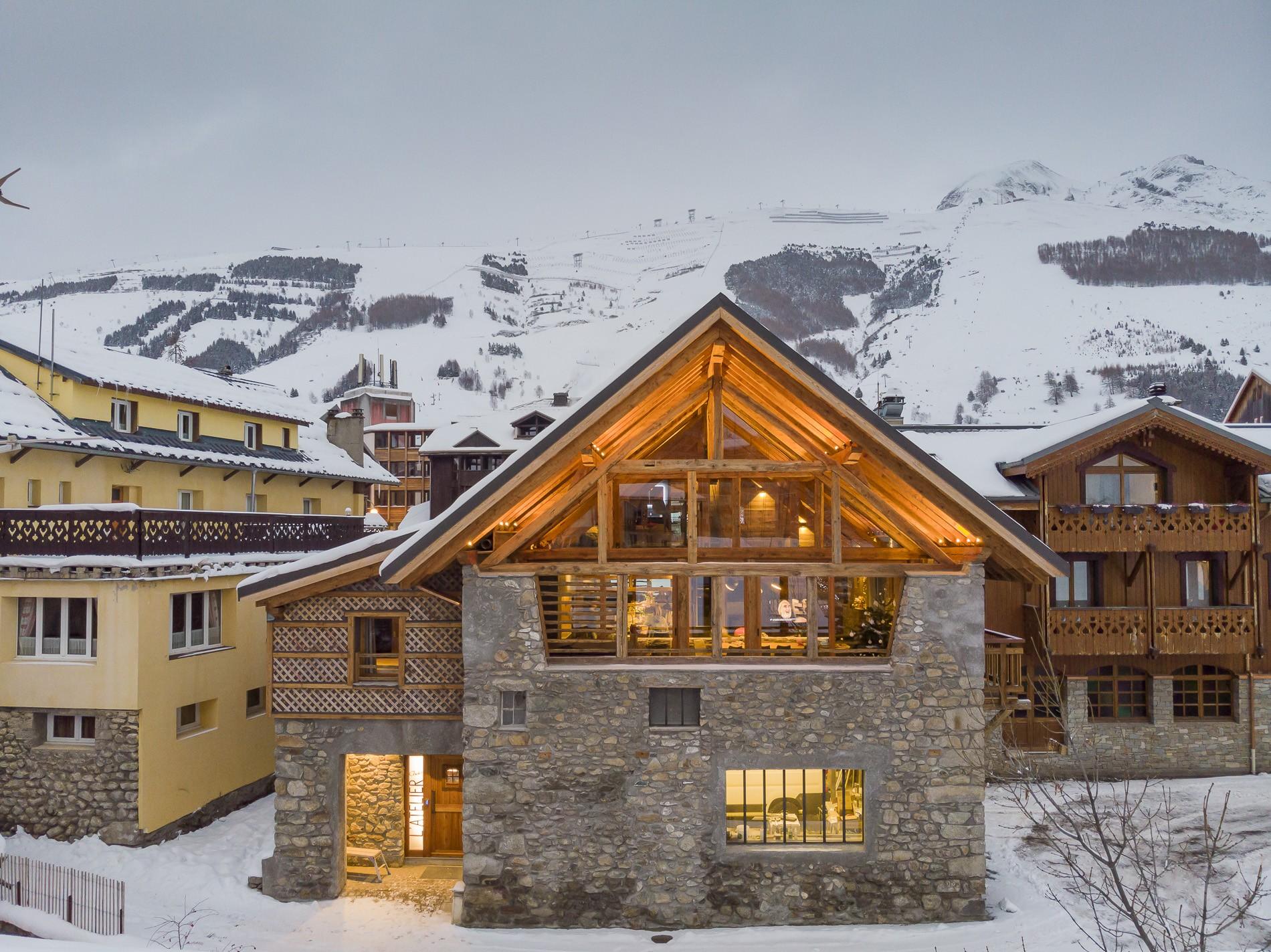 Les Deux Alpes Location Chalet Luxe Cervantute Extérieur