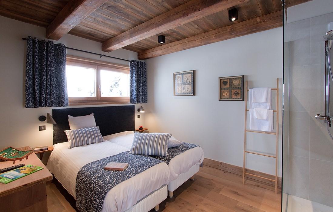 Les Deux Alpes Location Chalet Luxe Wallomia Chambre
