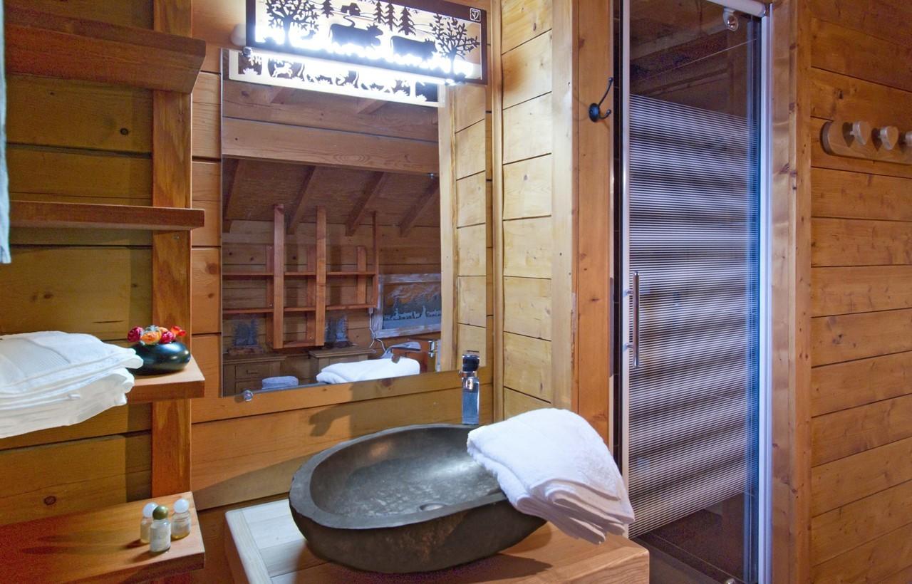 Les Deux Alpes Location Chalet Luxe Water Sapphire Salle de Bains