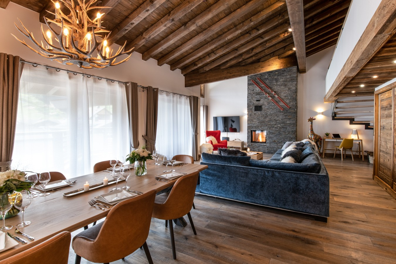 Les Gets Location Appartement Luxe Anrocha Salle A Manger 2